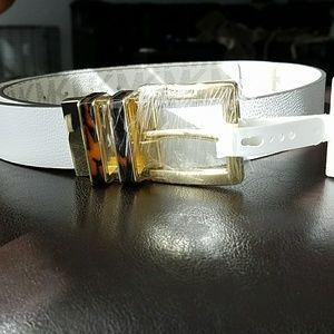 Michael Kors   reversible white belt.